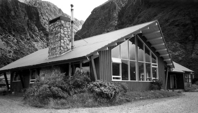 A mountain lodge in Aoraki Mt Cook National Park